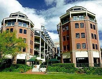 Exterior - Amora Riverwalk Melbourne