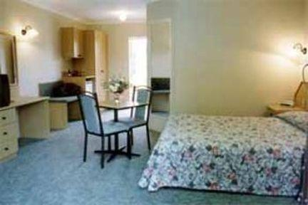 Guestroom - Comfort Inn Hallmark at Tamworth