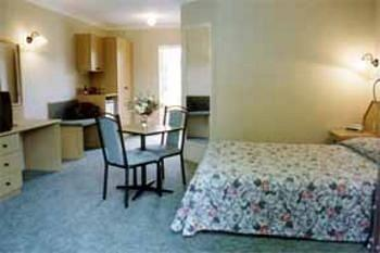 - Comfort Inn Hallmark at Tamworth