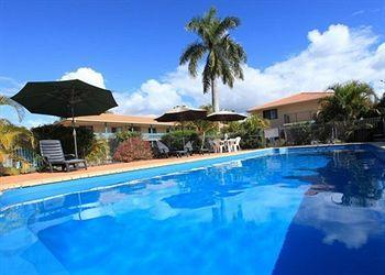 - Comfort Inn & Suites Arlia Sands