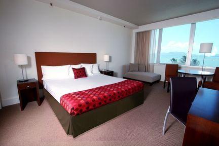 Guestroom - Jupiters Townsville Hotel & Casino