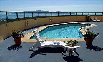 - Holiday Inn Townsville