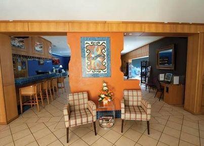 Lobby - Comfort Inn Robert Towns