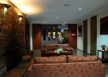 - Quality Inn Latrobe Convention Centre