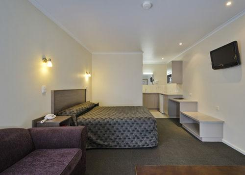 Guestroom - Comfort Inn & Suites Werribee