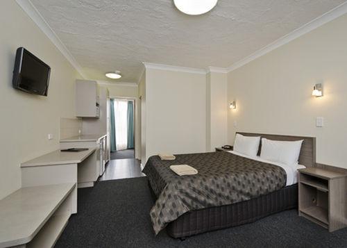 Choice1 - Comfort Inn & Suites Werribee