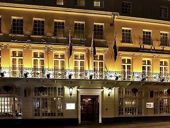Exterior - Mercure Windsor Castle Hotel