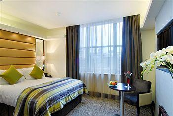 - The Marble Arch by Montcalm
