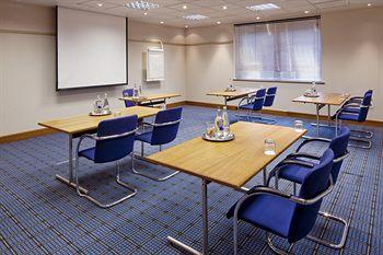 - Holiday Inn Reading South M4 Jct11