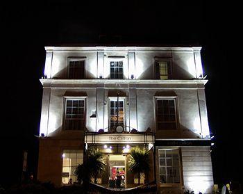 Exterior - Clifton Hotel
