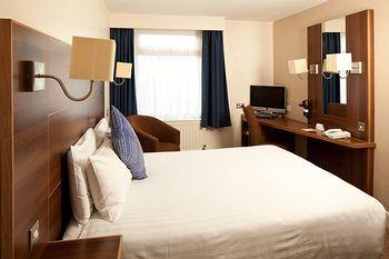 - Mercure Brighton Seafront Hotel