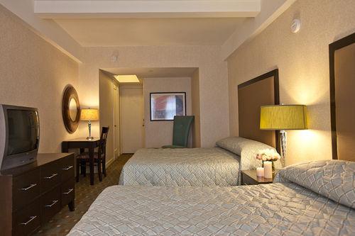 Guestroom - The Edison Hotel