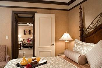 - The Lucerne Hotel