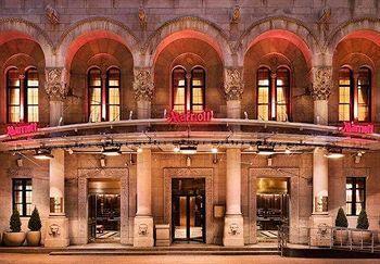 - New York Marriott East Side