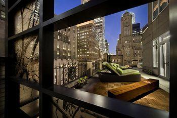 - W New York
