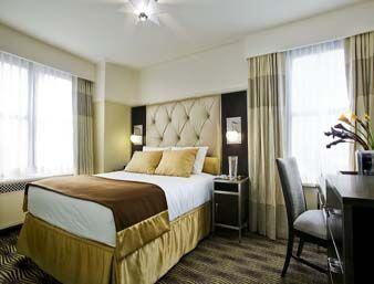 Guestroom - The New Yorker Hotel