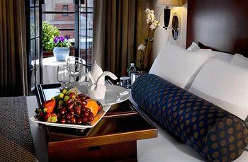 - Hilton Manhattan East