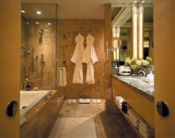 - Four Seasons Hotel New York