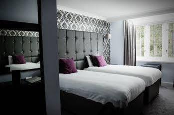 Southcrest Manor Hotel