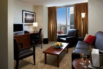 - Millennium Broadway Hotel - Times Square