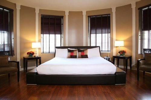 Guestroom - Hotel Belleclaire