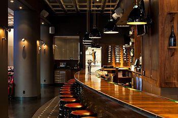 - Club Quarters, Wall Street