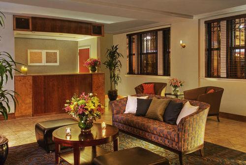 Lobby - Park South Hotel