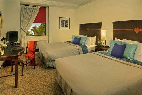 Guestroom - Park South Hotel