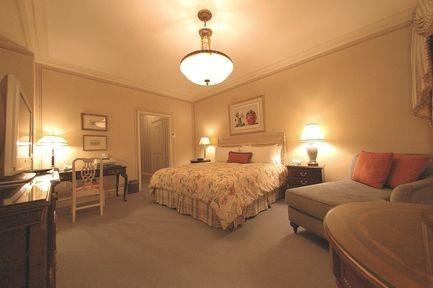Guestroom - The Sherry Netherland