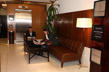 - Hampton Inn Manhattan-Seaport-Financial District