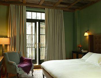 - THE GREENWICH HOTEL