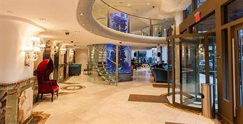 - Flatiron Hotel