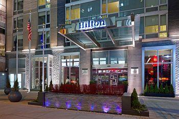 Exterior - Hilton New York Fashion District