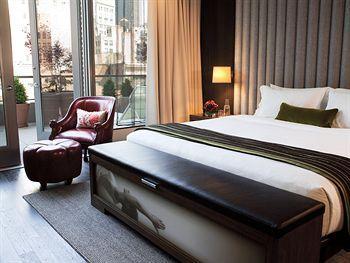 - Eventi Hotel, a Kimpton Hotel