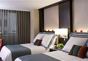 - Courtyard by Marriott New York Manhattan/Times Square South