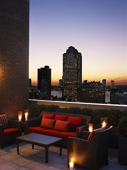 - Sheraton Tribeca New York Hotel