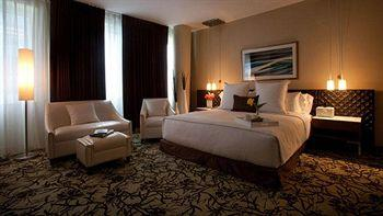 - Cassa Hotel and Residences