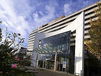 Exterior - Novotel London West