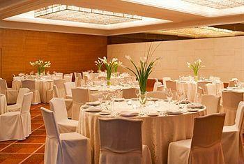 - Sheraton Dubai Creek Hotel & Towers