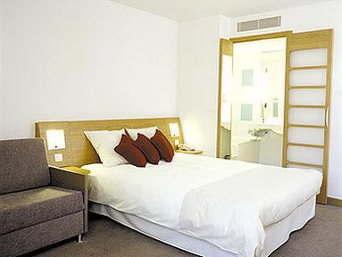 Guestroom - Novotel London Waterloo