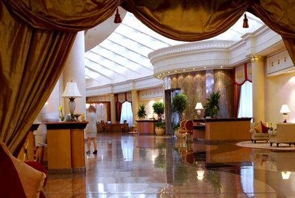 Lobby - Le Royal Meridien Beach Resort And Spa