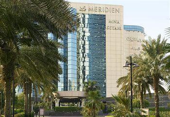 Exterior - Le Meridien Mina Seyahi Beach Resort & Marina