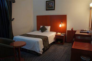 - Dream Palace Hotel