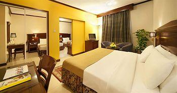 - Admiral Plaza Hotel