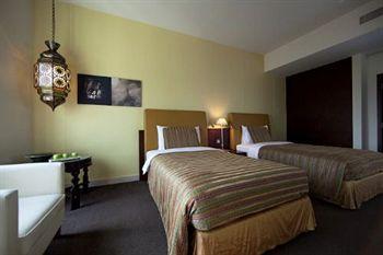 - Al Manzil Hotel