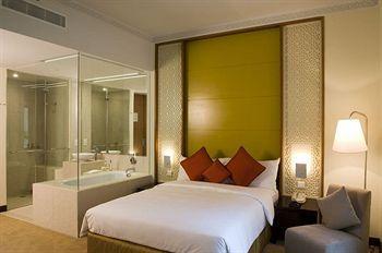 - Qamardeen Hotel