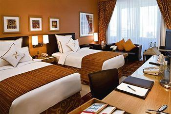 - Four Points by Sheraton Downtown Dubai