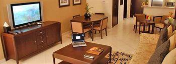 - Golden Tulip Suites Dubai