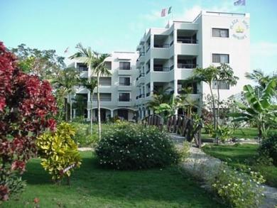 Plaza Real Resort