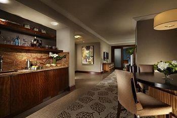 - Mandalay Bay Resort And Casino